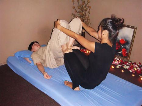 Traditional thai massage singapore